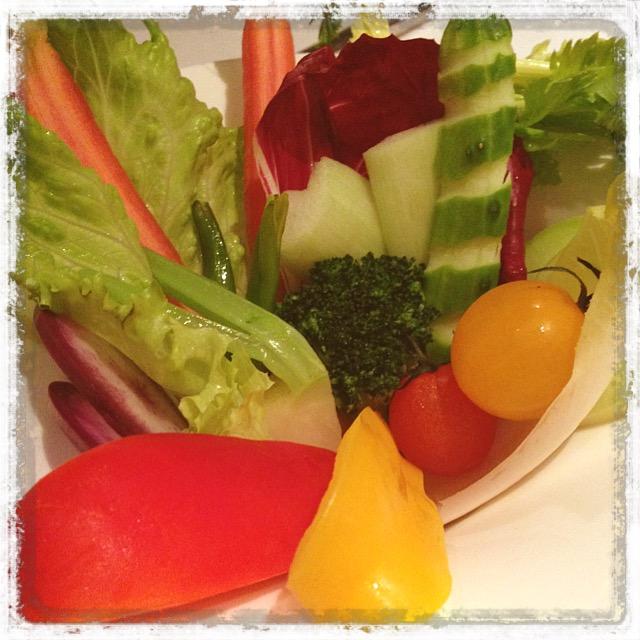 色とりどりの有機野菜
